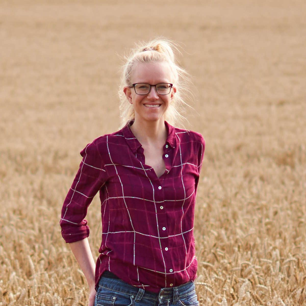 Lisa Portrait am Feld
